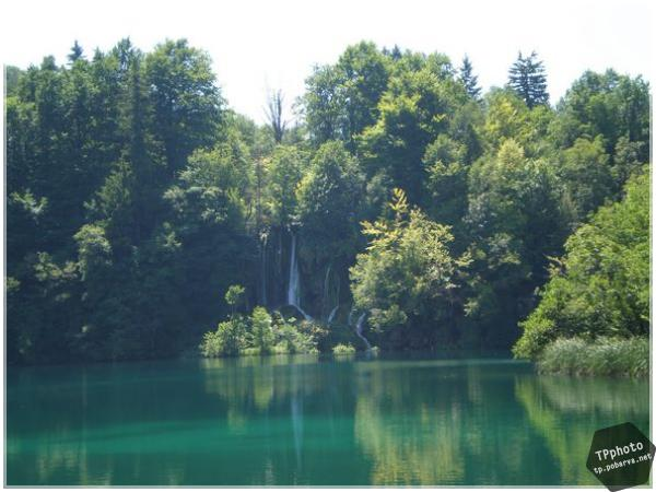 img/cat_5/post_60_plitvice_003.jpg