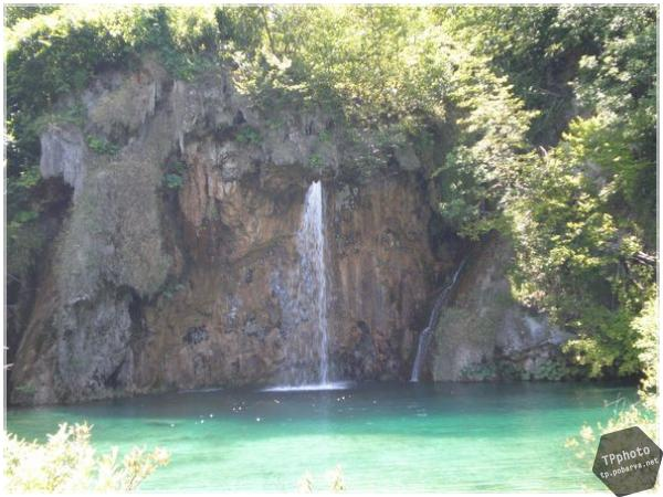img/cat_5/post_65_plitvice_008.jpg